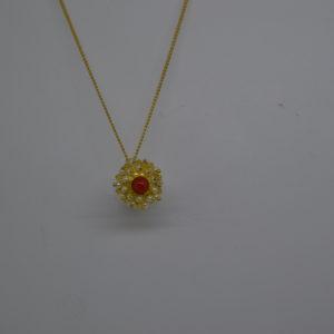 Collana Con Ciondolo In Corallo D'argento Dorato