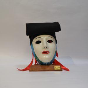 Maschera Sartiglia Bianca  Truccata Con Broccato Azzurro E Berrita Nera