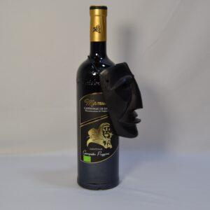 Composizione Maschera E Vino Mamuthone Cannonau