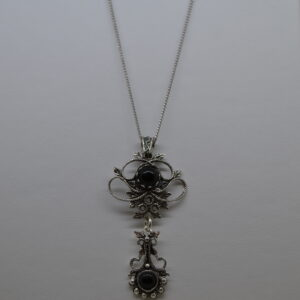 Ciondolo In Filigrana Con Amuleto Su Coccu